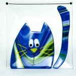 dish with blue cat